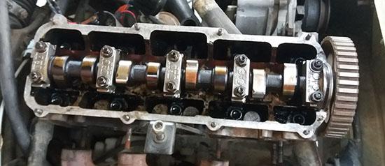 Motor do Passat: comando único no cabeçote.