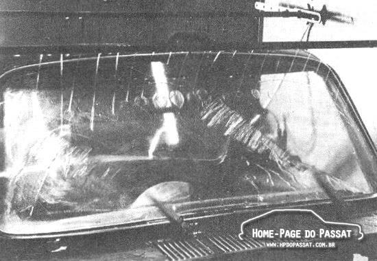 Teste de fadiga nos componentes do limpador de pára-brisa (na foto, um VW da linha refrigerada a ar).