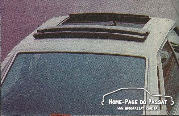 O teto solar do Passat LS/Dacon era produzido na Alemanha e importado diretamente pela Dacon.
