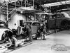 Produção do DKW F7 na fábrica de Zwickau em 1937.